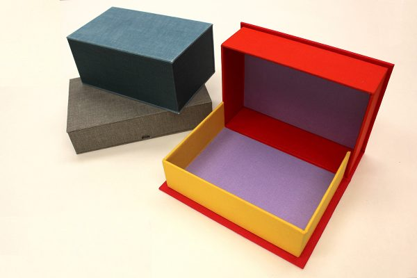 Drop Spine Boxes (Clamshell)